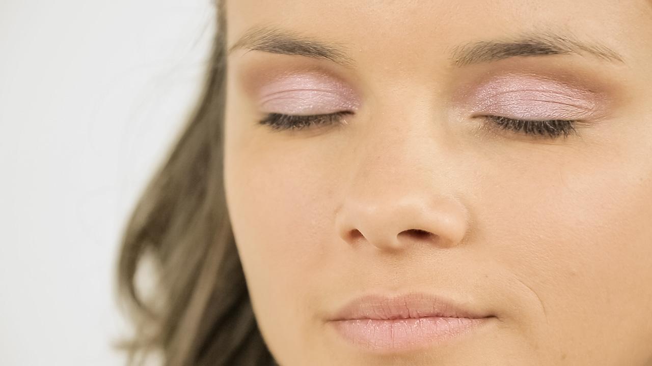 Tip na oční stíny