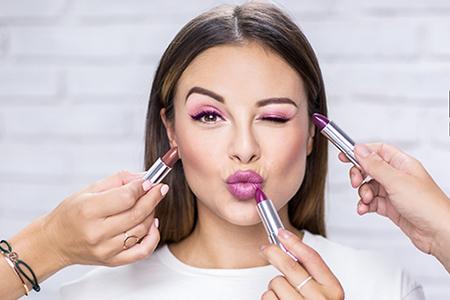 Beauty tipy a triky: 6 způsobů, jak použít rtěnku