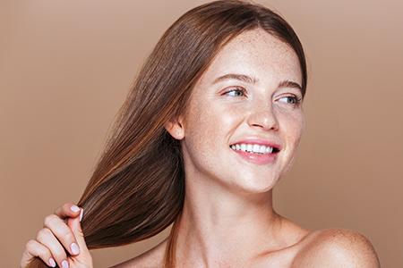 4 důvody, proč stojí za to zkusit suchý šampon!