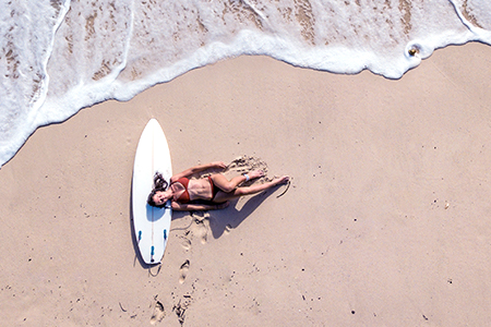 Dokonale letní vlasová péče s TIGI Bed Head Totally Beachin'!
